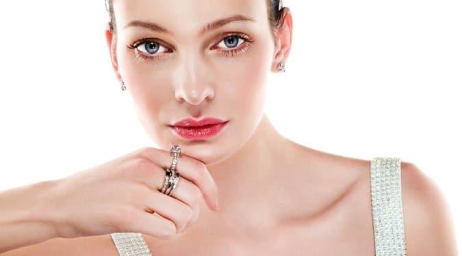 Személyiségfejtő: Melyik ujjadon viseled a gyűrűd?