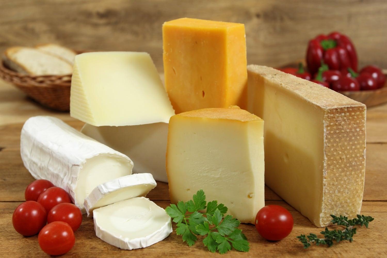 Táskában érlelődött először: érdekességek a sajtról