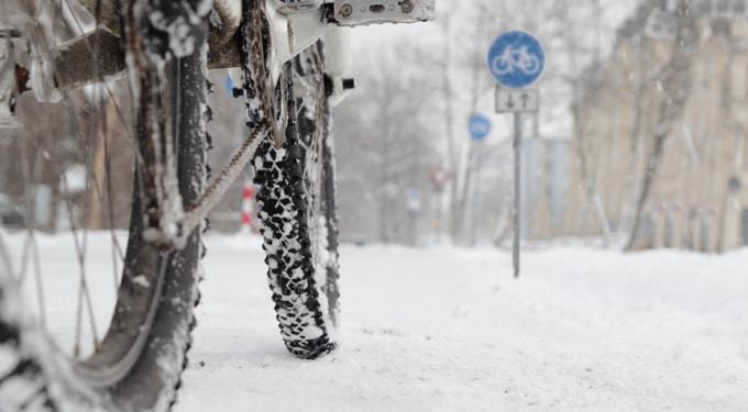 Téli bringázás: ezekre figyelj ha a hidegben is tekered