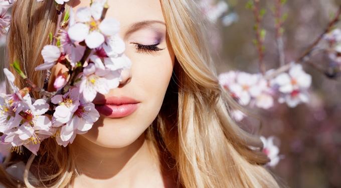Tavaszi luxus bőrmegújító kezelés otthon, fillérekből