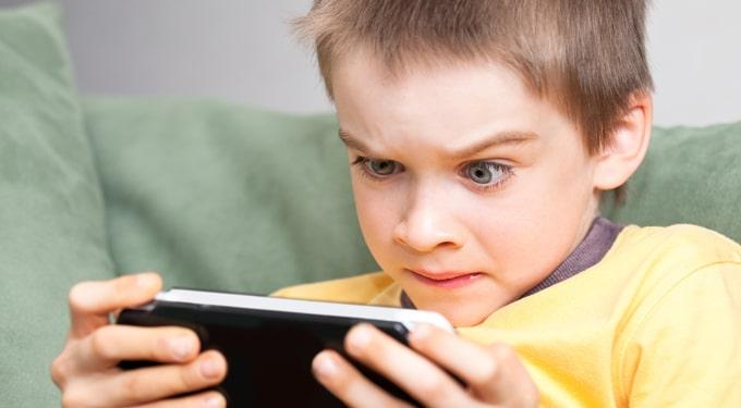 Televízió és számítógép: a legnagyobb tévút a gyereknevelésben