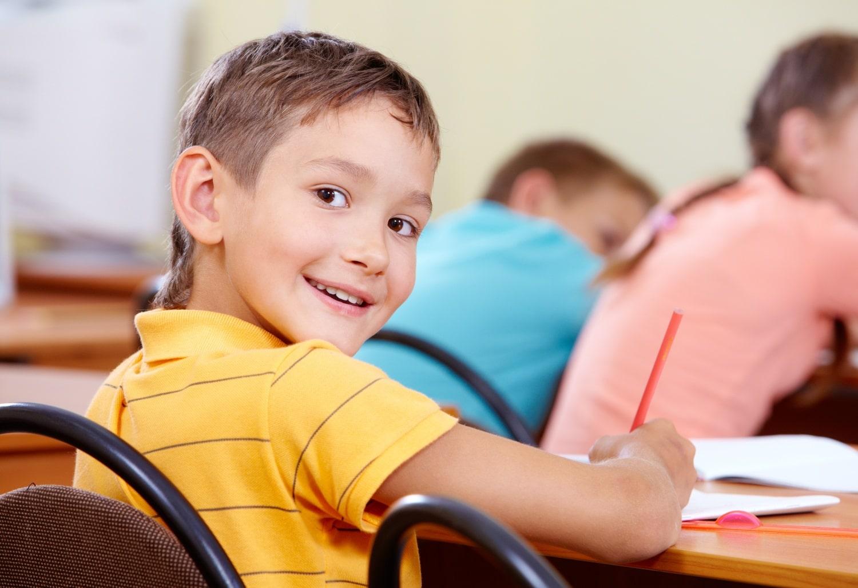 Tippek, hogy jobban tanuljon a hiperaktív gyerek