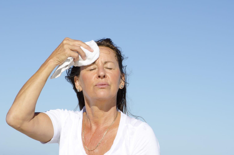 Változókor és hőhullámok – hogyan enyhítheted a forróságot?