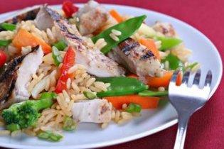 Zöldséges csirke rizzsel