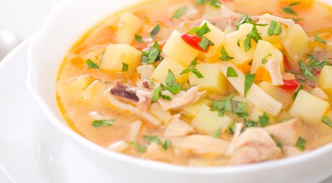 Zöldséges csirkeragu leves