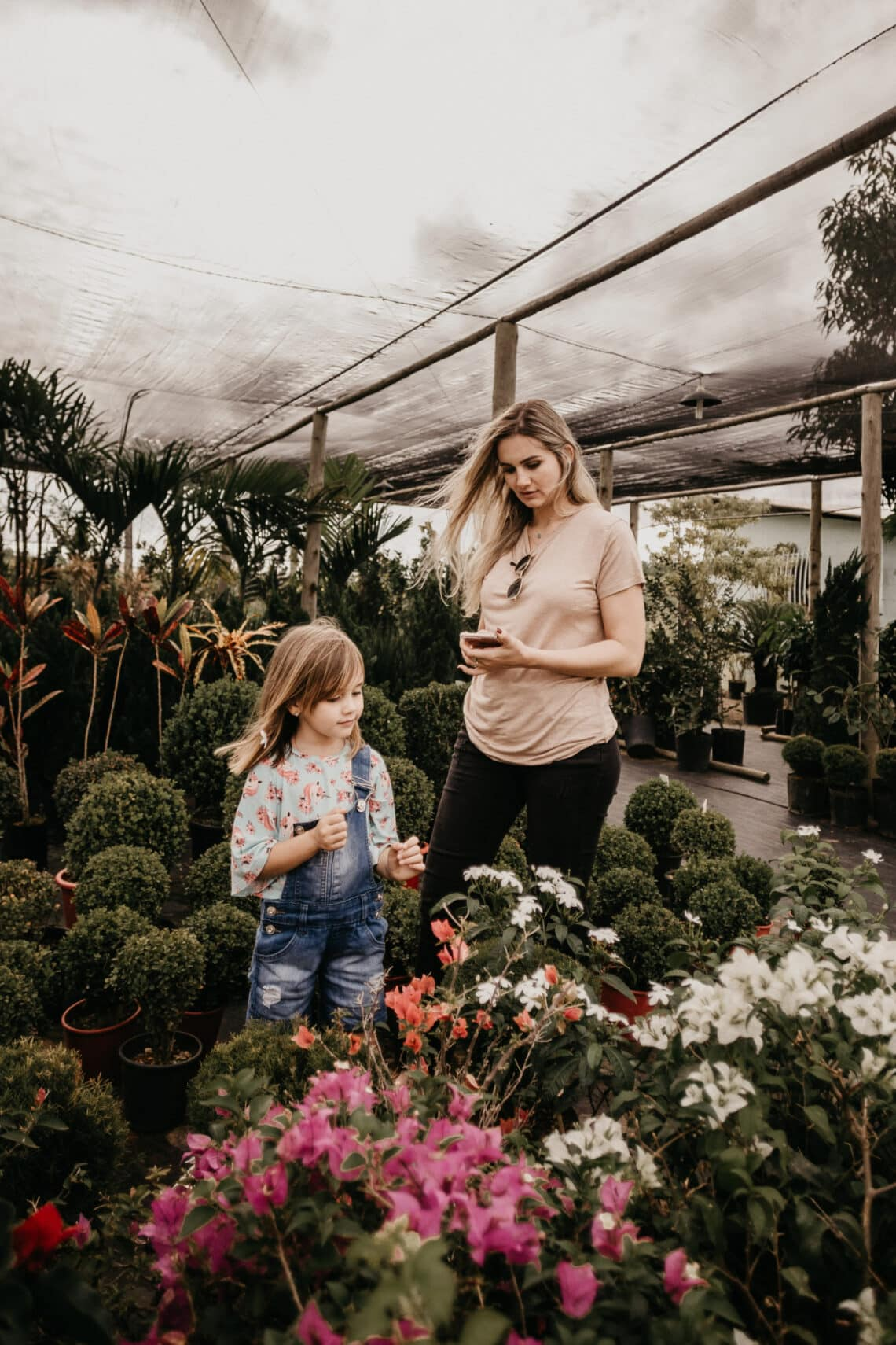Árt a gyereknek, ha túlgondoskodó a szülő