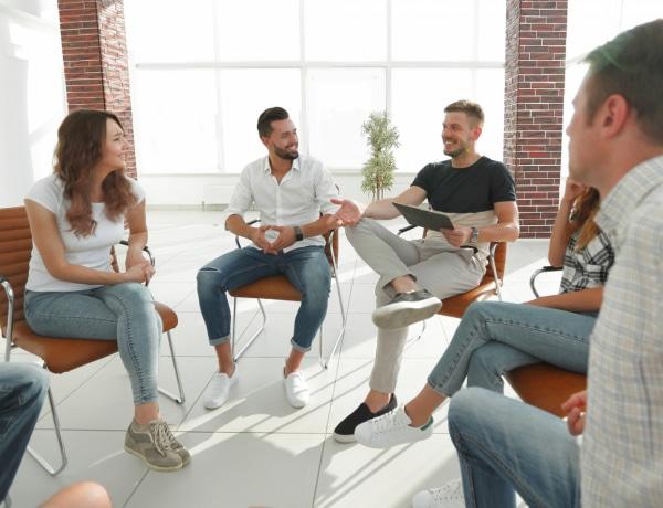 Árulkodó testbeszéd – 5 dolog, amit a lábunkkal üzenünk