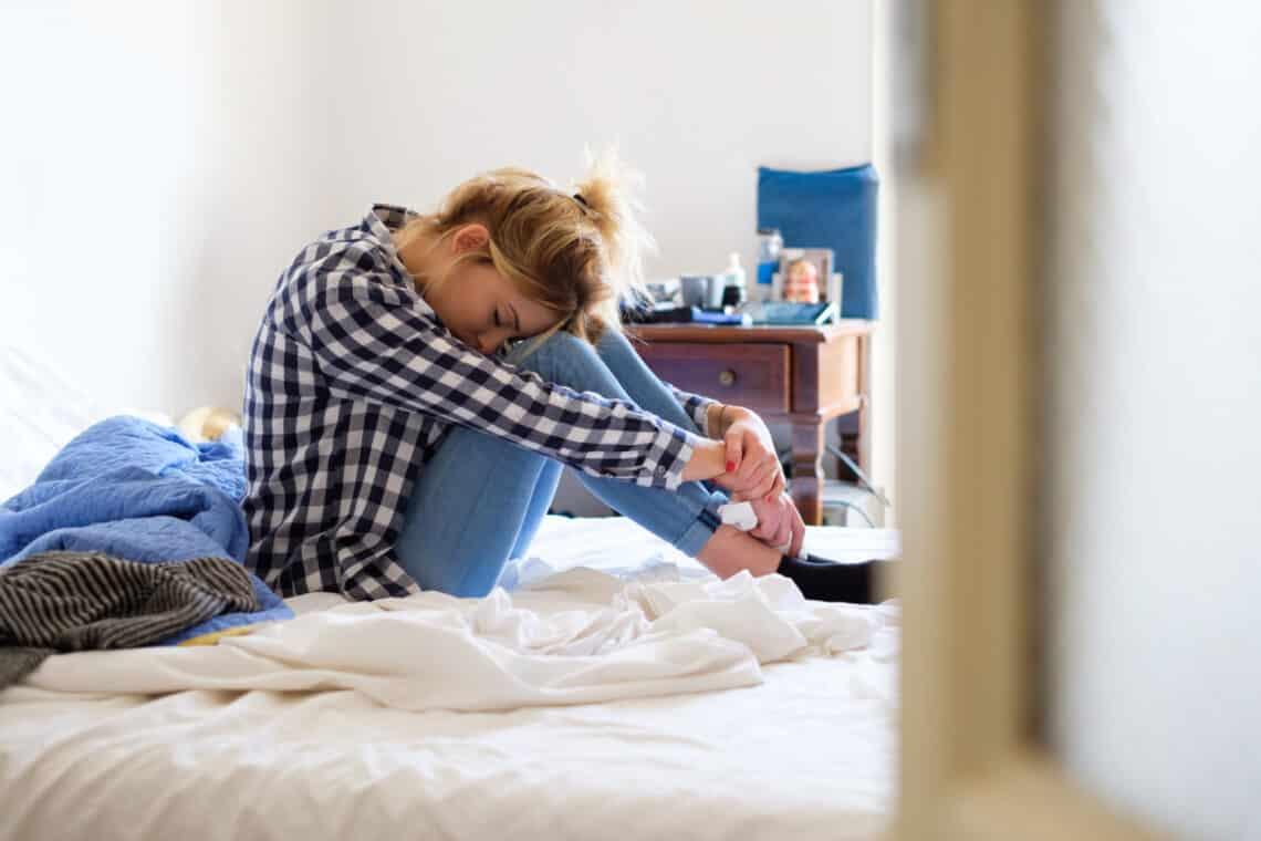 Éreztél már bűntudatot egy görbe este után? Nem vagy egyedül – lendülj túl a másnapos szorongáson