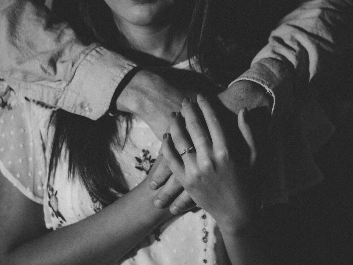 Észrevétlen párkapcsolati elfojtások, amik a kapcsolat végéhez vezethetnek
