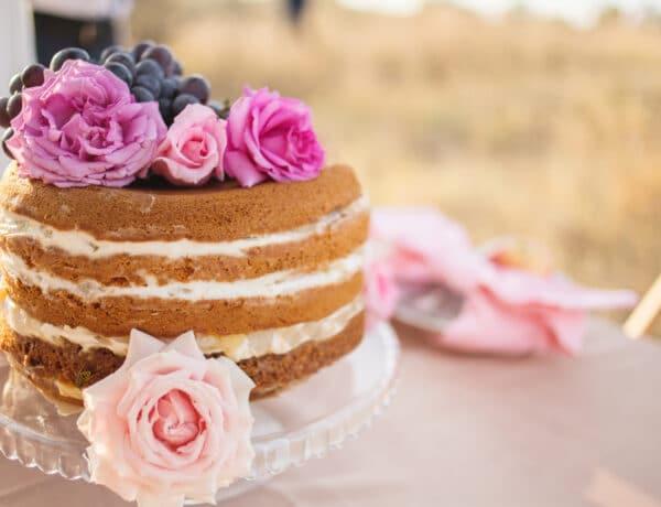 Így díszítsd a naked cake-et!