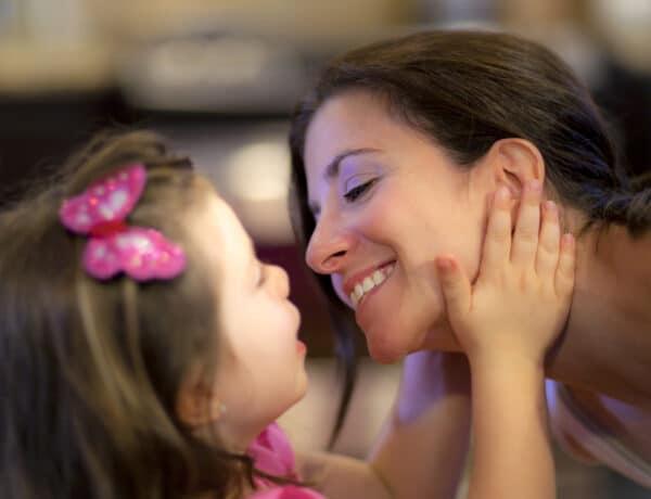 Így lesz a kistündérből nagy tündér – A lányos anyák 3 legfontosabb feladata