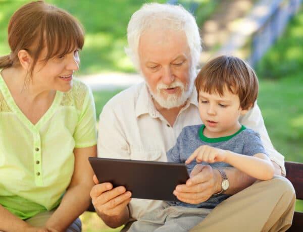 Örökre eltűnhet a kép, ami a nagyszülőkről él a fejünkben – avagy, te milyen nagyi leszel?