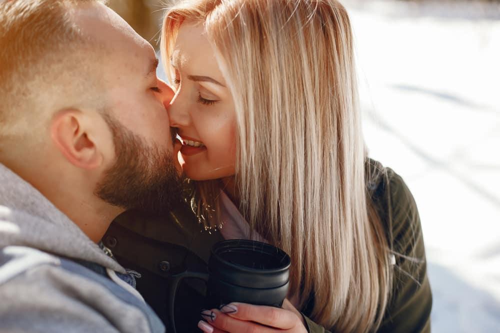 Új trend hódít a randik világában - ismerd fel, mielőtt hosszú időre az áldozata leszel!