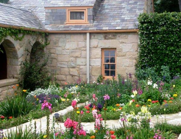 Ültess ilyet a kertedbe, ha nem akarod, hogy  a szomszédod belásson