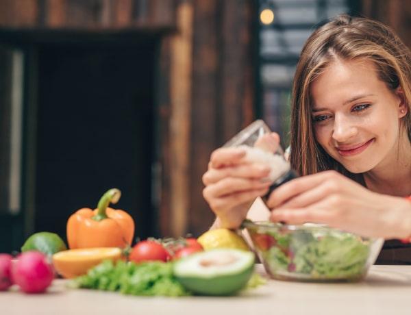 """""""Majd ettől lefogyok"""" – az 5+1 legtévesebb diétamítosz, amit el kell felejtened"""