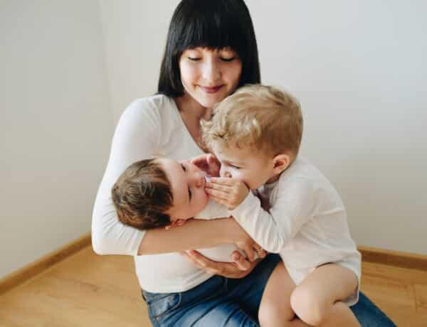 """""""Jobb anya vagyok, amióta nem főzök"""" – egy kétgyermekes, dolgozó anya vallomása"""