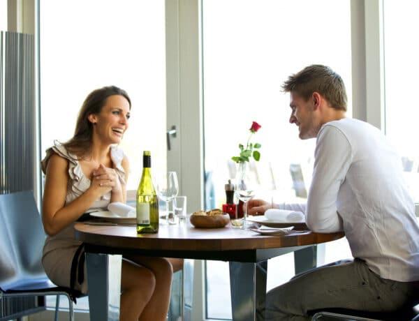Így lesz sikeres az első randi – Ha online keresel párt