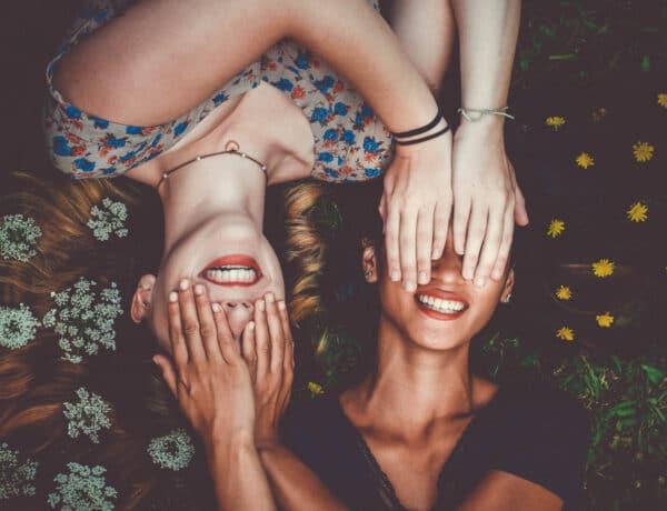 3 mód, ahogy egy barátság véget érhet – és a kiváltó okok