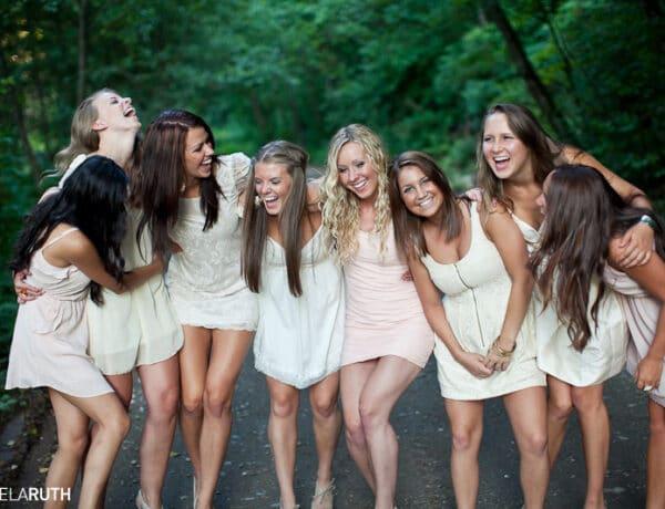 4 lánybúcsús játék, ami tényleg vicces, és nem ciki senkinek