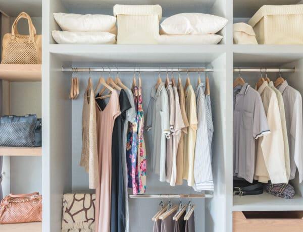 5 hiba, amit a ruháid tárolása során te is elkövetsz, pedig ezekkel tönkre is teheted őket
