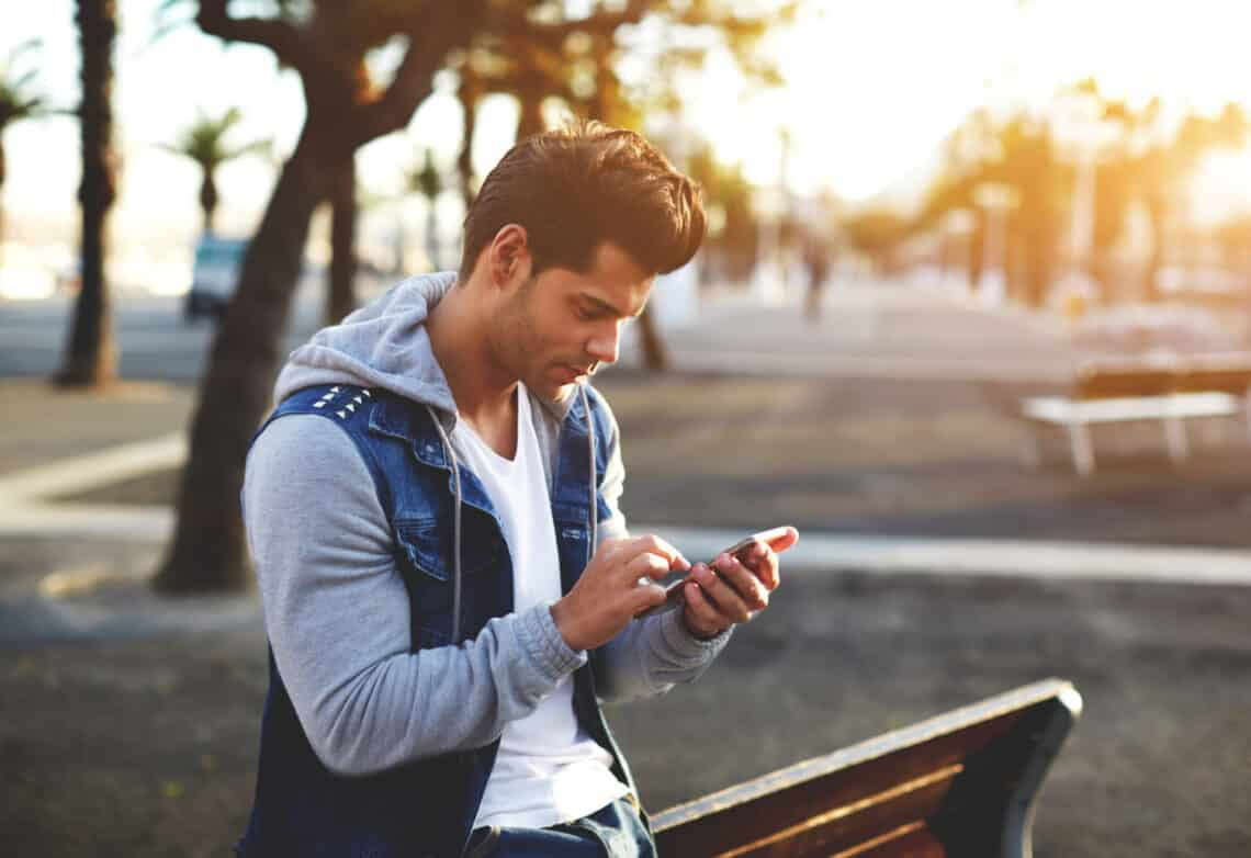5 tipp, ahogyan kiszúrhatod a profilja alapján azt a pasit, akivel meg kellene ismerkedned