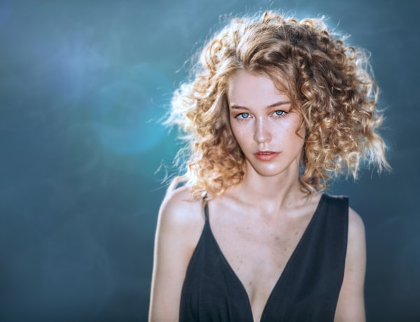 5+1 kérdés, amit a természetes göndör hajú nők állandóan megkapnak