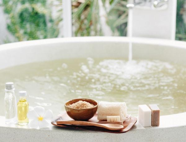 A legjobb DIY fürdősók tavaszi megfázásra