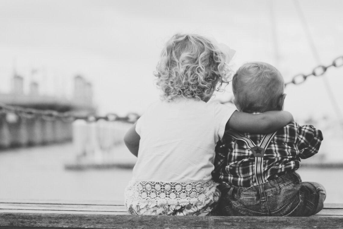 Az élet legidősebb testvérként sem olyan egyszerű – az alábbiakat ők nagyon jól ismerik