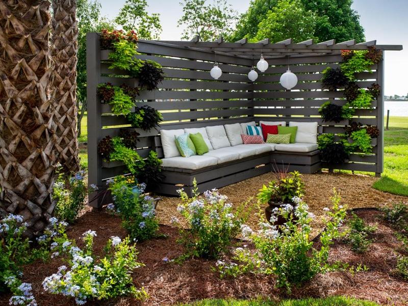 Dekor ötletek pergolához – nincs olyan kert vagy terasz, amihez ne passzolnának
