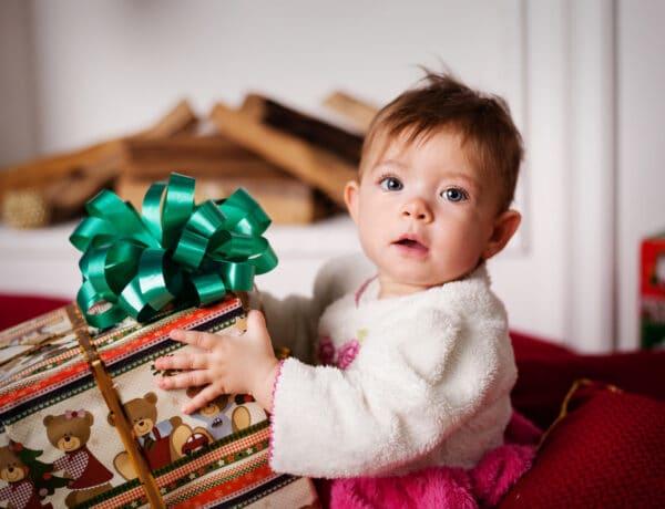 Dolgok, amik menthetetlenül megváltoznak a karácsonyban, ha gyereked lesz