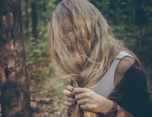Fakó, fénytelen haj? Ez az 5 dolog is okozhatja, pedig nem is gondolnád