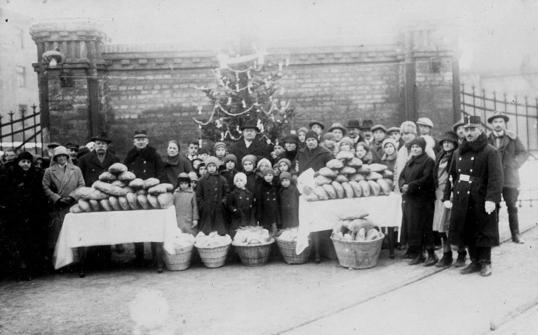 Ilyen volt a karácsony 100 éve Magyarországon: vintage fotók