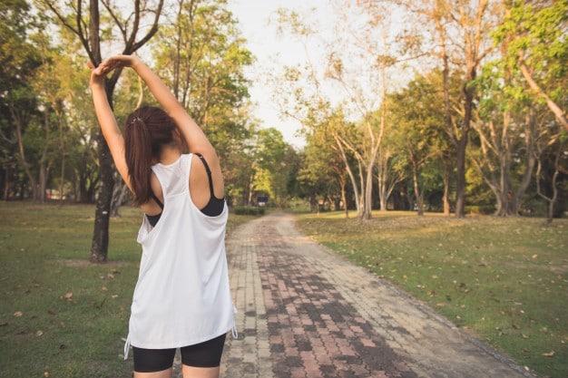 Intenzív átmozgató reggeli edzés tippek, ha csak 15 perced van