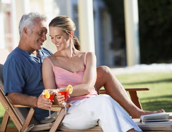 Körülmények, amik eldöntik, működhet-e a kapcsolat nagy korkülönbséggel