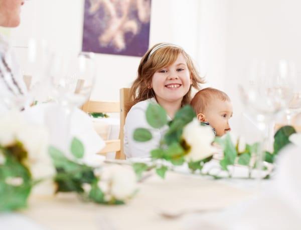 Kreatív ötletek, amikkel feldobhatod az esküvői gyerekasztalt, hogy mindenki jól szórakozzon