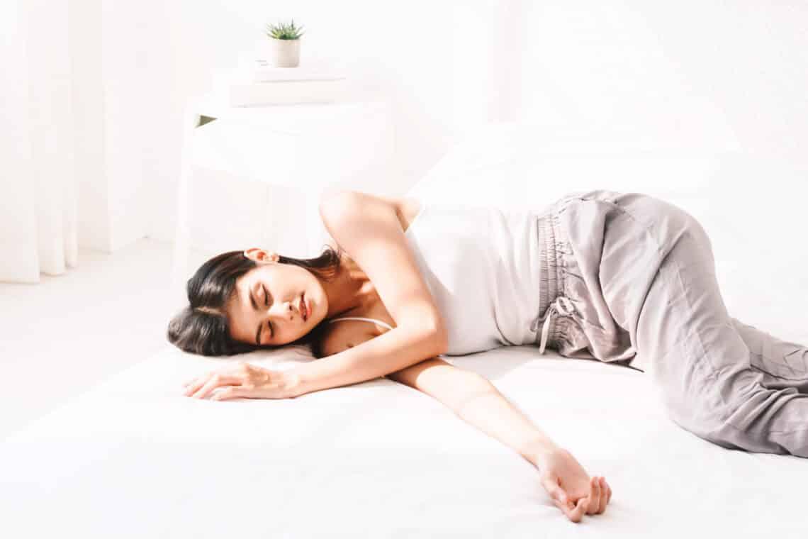 Nem tudsz aludni? 5+1 növény, ami segít legyőzni az inszomniát