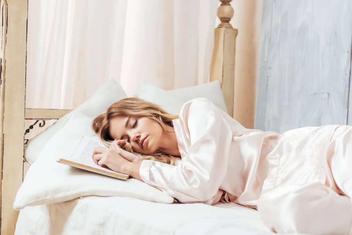 Szerinted mindegy, hogyan alszol? Az alvópózod egészségügyi hatásai