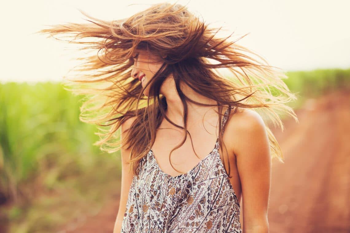 Szuper tippek a természetes hajszárításhoz