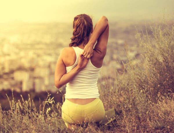 Túl alacsony szék vagy rossz testtartás? 5 ok, amiért fájhat a hátad