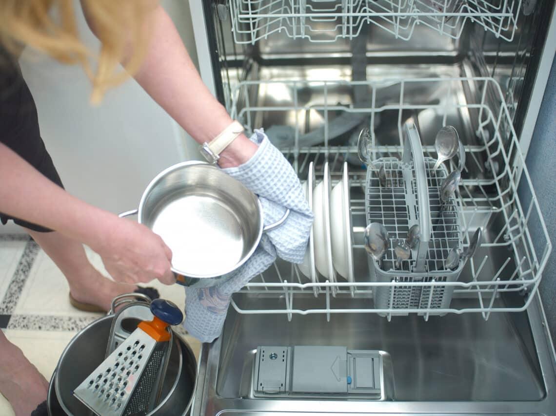 Eddig rosszul pakoltál be a mosogatógépbe! Mutatjuk, hogyan kell