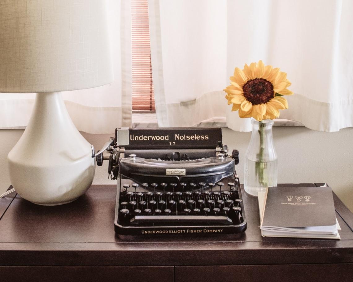 10 jó tanács a legsikeresebb íróktól, ha te is megírnád az első bestsellered