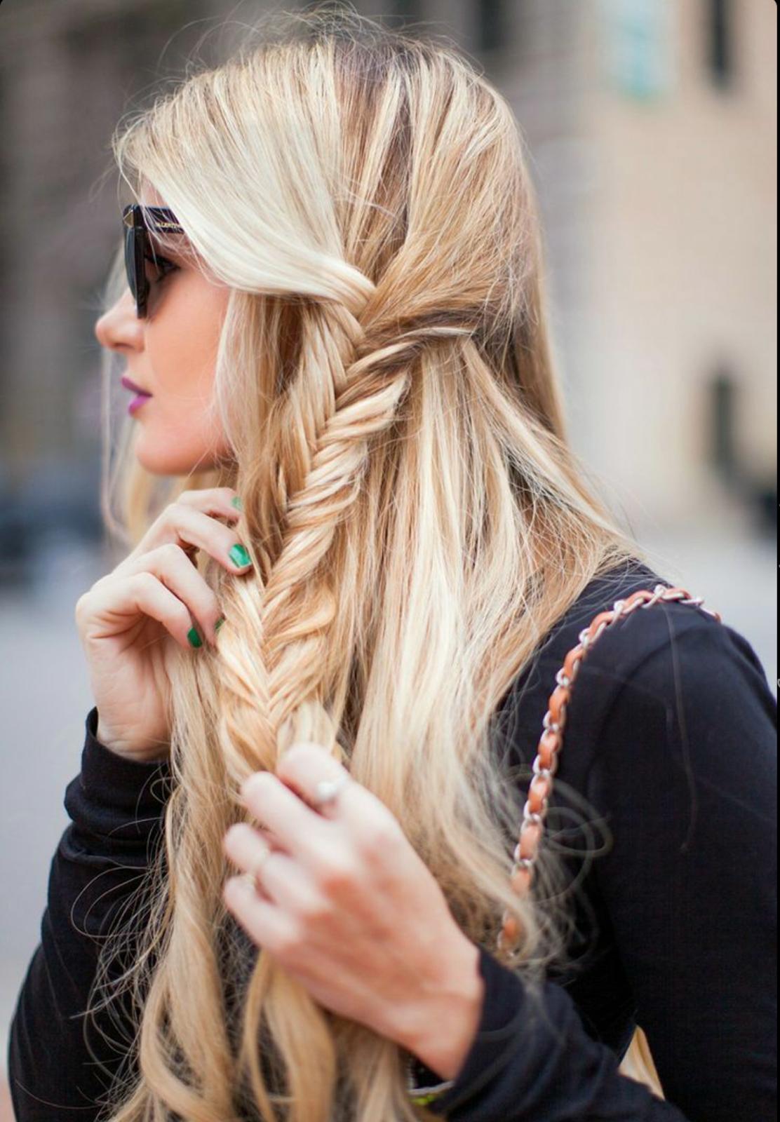 10 kreatív fonott frizura, amit te is könnyedén el tudsz készíteni magadnak