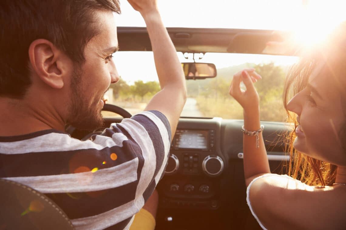 10 szuper zene utazáshoz, amit ne felejts a listádra tenni