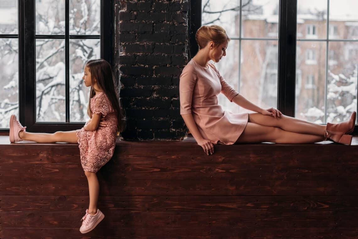 12 dolog, amit a szeretet nélkül nevelt lányok rosszul tanulnak meg az életről: talán te is érintett vagy?