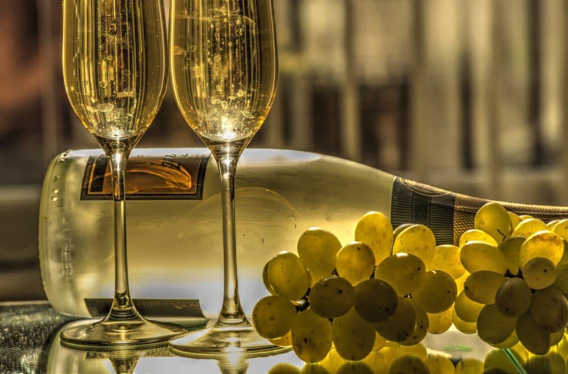 12 szem szőlőt kell enni! Furcsa újévi szokások a nagyvilágból