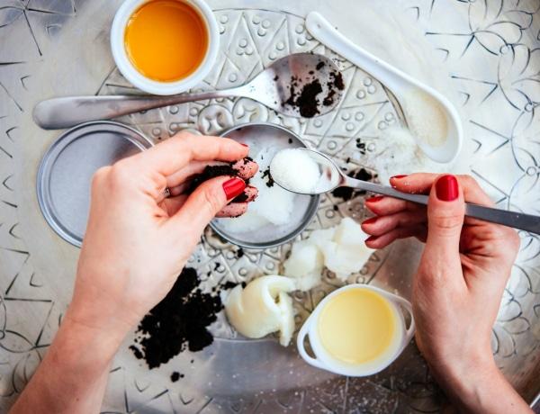 3 DIY bőrradír, egyenesen a konyhaszekrényből