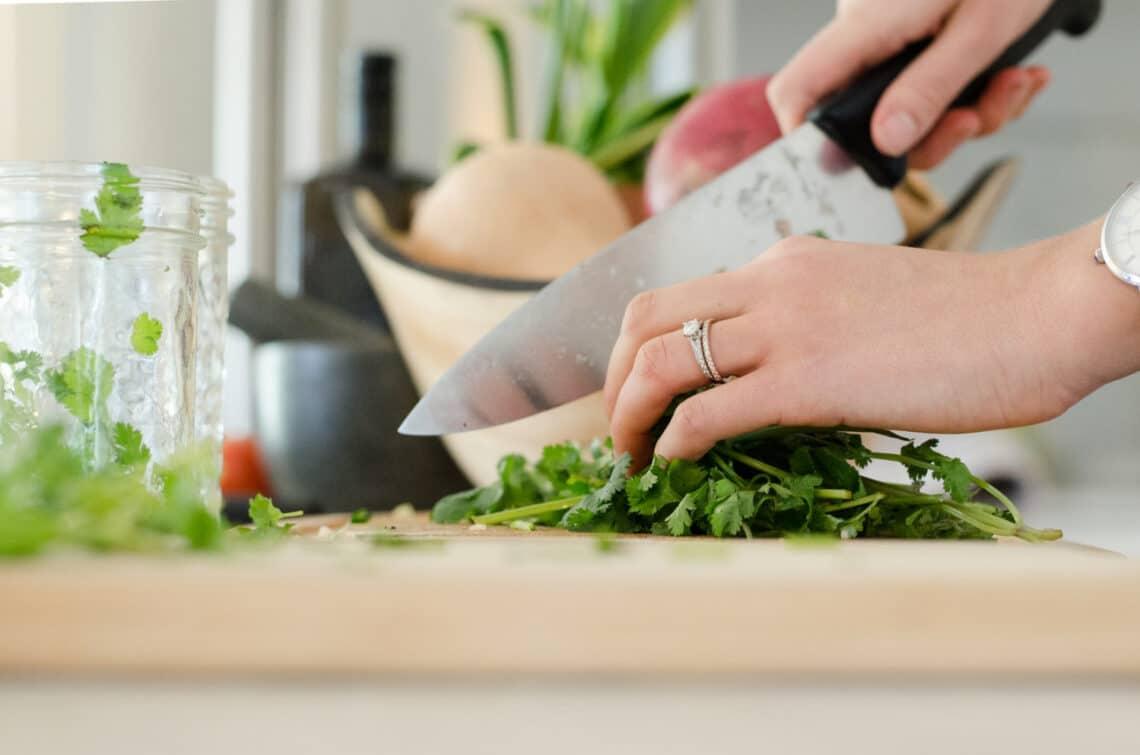 3 praktika, hogy olcsón hozzájuss az egészséges fogásokhoz
