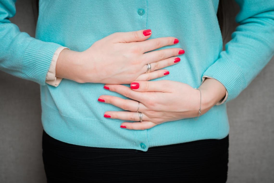 3 szokatlan módszer, amivel csökkenthető a menstruációs görcs