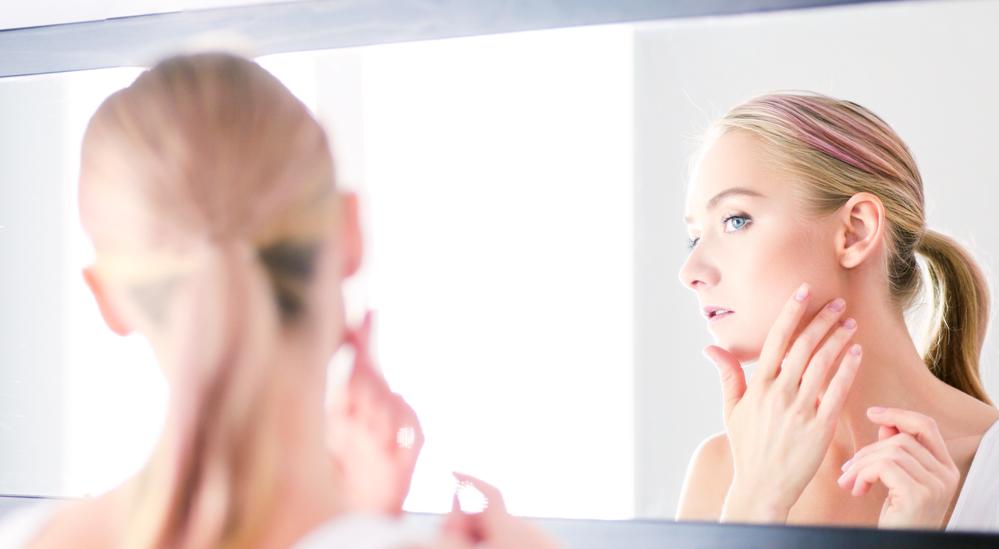 4 betegség, ami a felnőttkori pattanásaid mögött bújhat meg