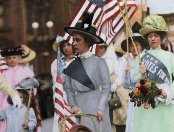 4 dolog, amit az amerikai nők a XX. század elején még nem tehettek meg